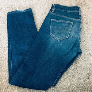 Levi's straight blue jean size 26R